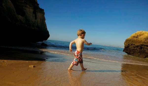 Sarah Slattery, Irelands top travel expert talks about Alvor in the Algarve for a family holiday