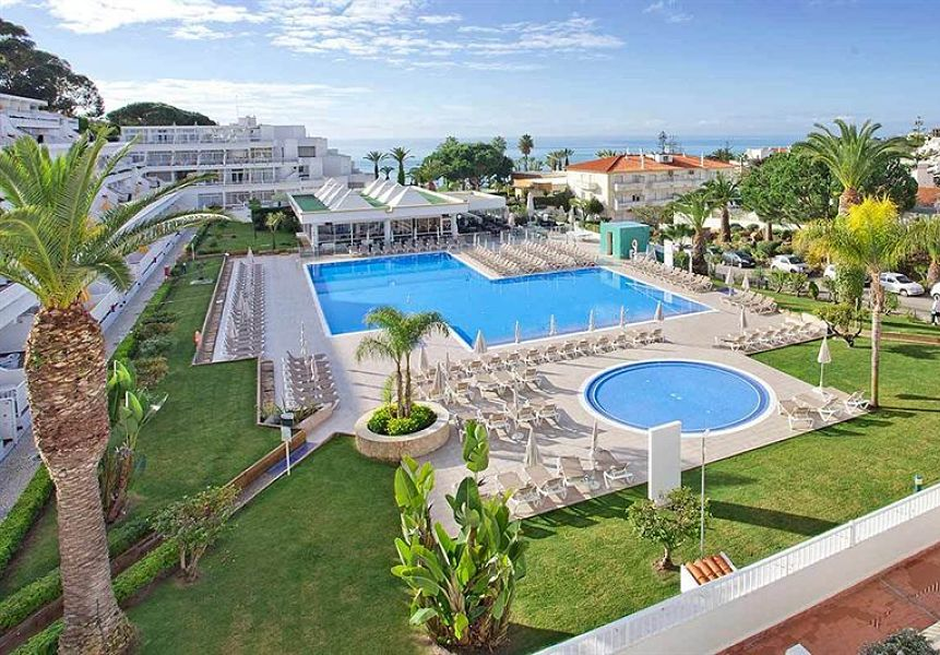 Club Praia da Oura, Sarah Slattery, The Travel Expert