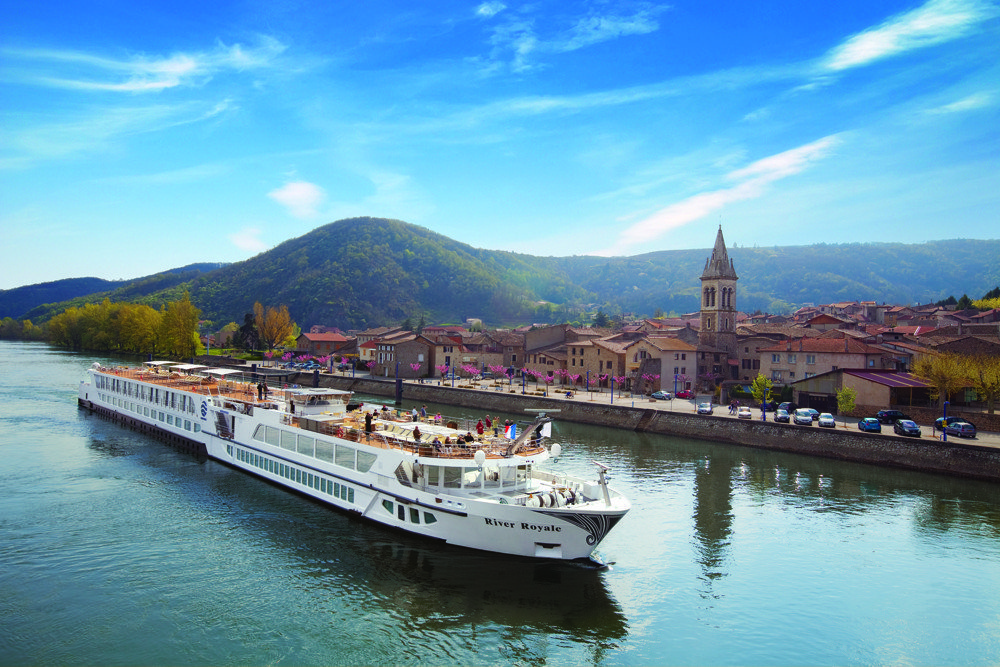 Sarah Slattery, The Travel Expert on Uniworld's boutique river cruise to Bordeaux, Vineyards and Chateaux