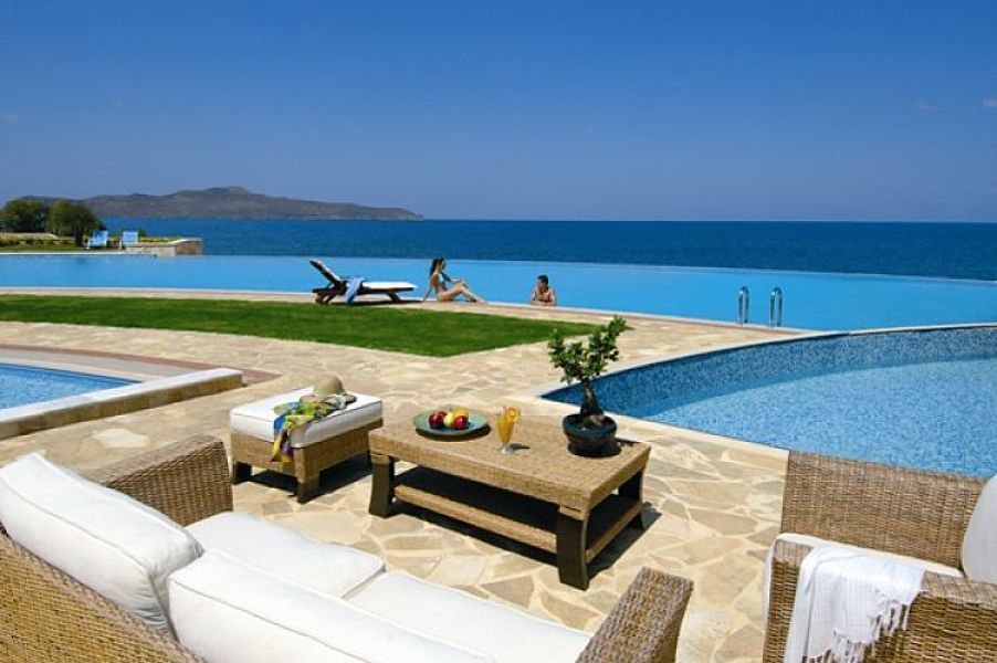 five star week in crete