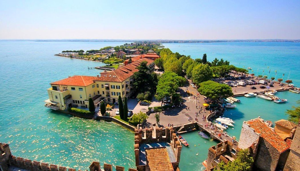 The Travel Expert discusses Crystal Holidays Discovery Packages to Italy