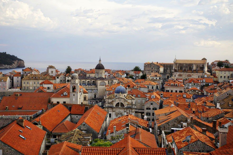 The terracotta roof tops of Dubrovnik