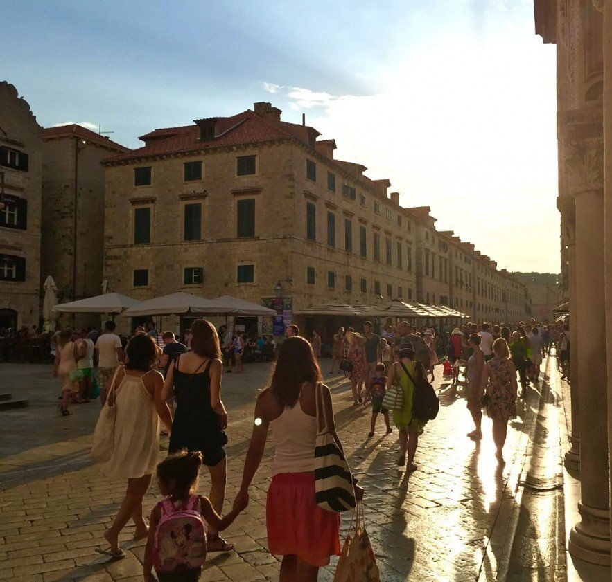 An evening in Dubrovnik's old town.