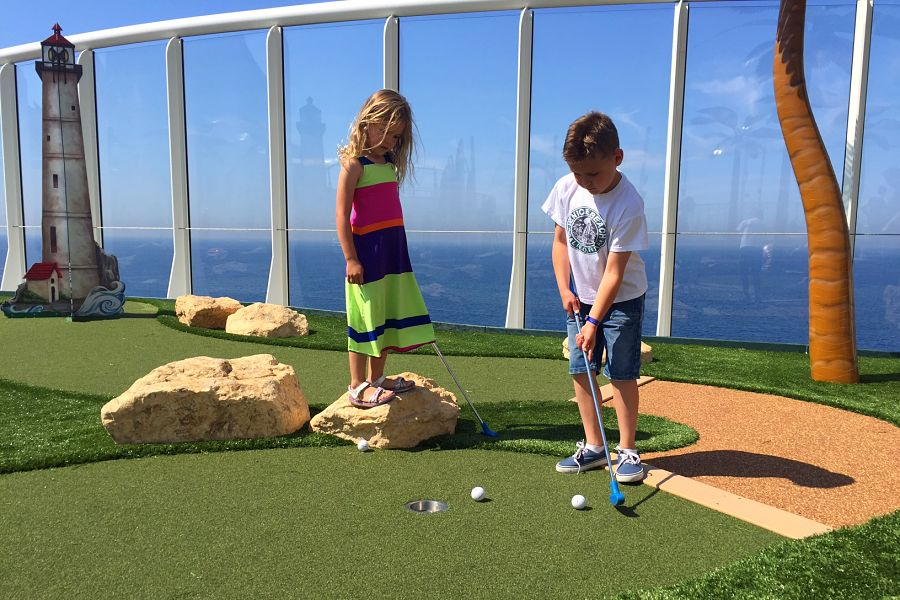 mini golf on Harmony of the Seas