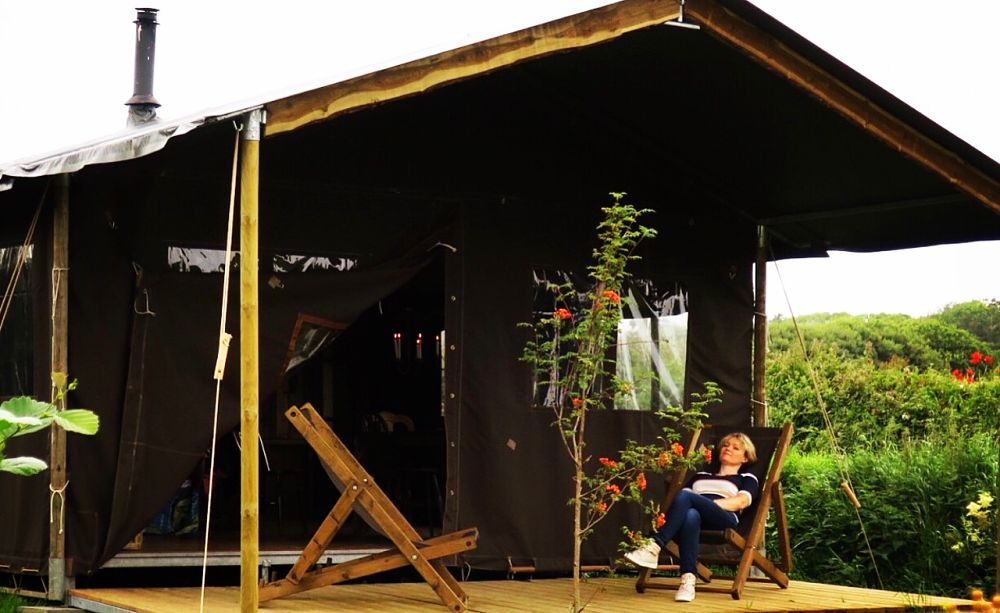 Feather Down Loop Head Glamping