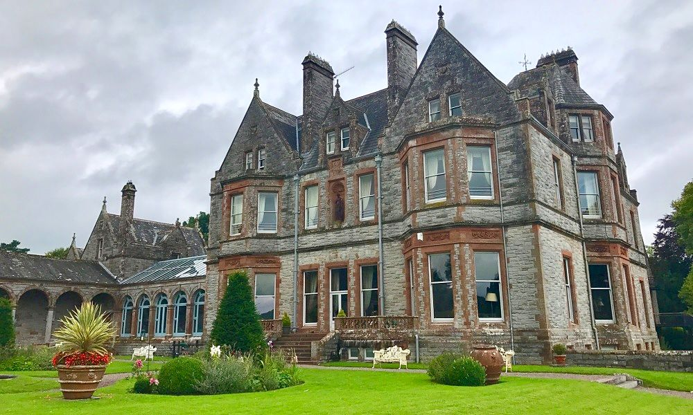 castle leslie - hotel with lodges in ireland