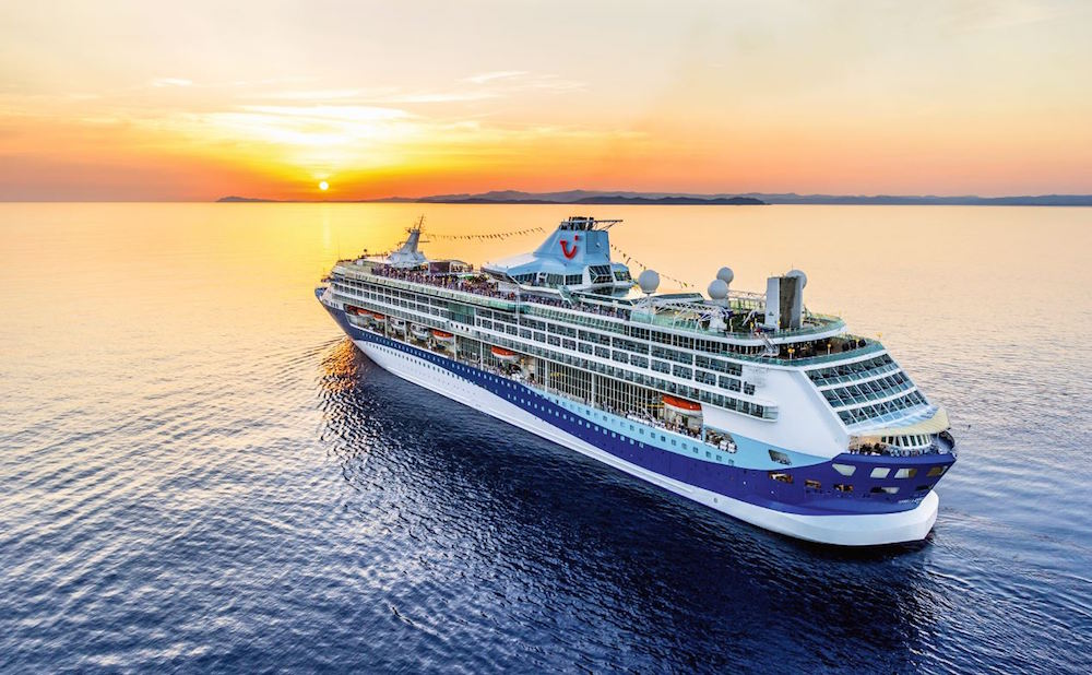 travel insurance for cruise holidays