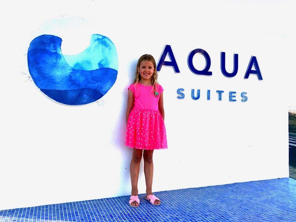 aqua suites