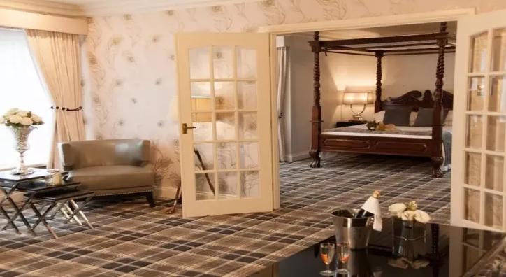 New Year's Eve Hotel Offers - Treacys Oakwood Hotel