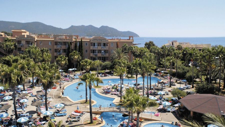 summer 2020 family holiday deals in Majorca