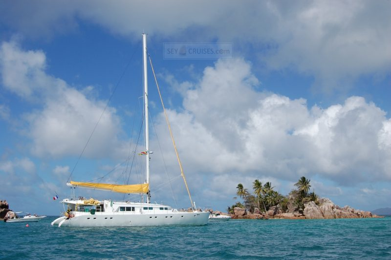 cruising in the seychelles - yacht cruises