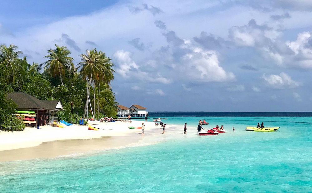 watersports at centara grand maldives
