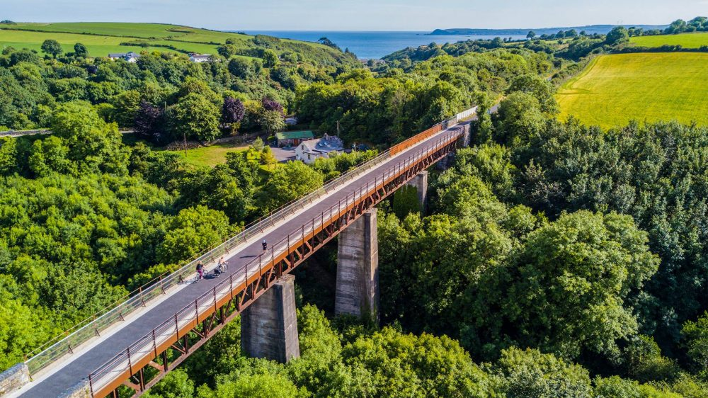 hotel deals near the waterford greenway