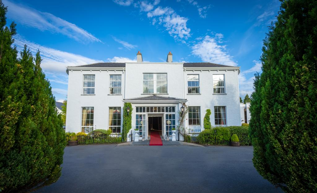 hotels with self catering in Ireland