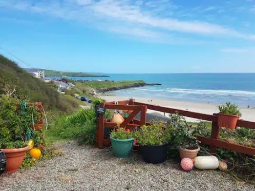 cottages to rent in Ireland beside the beach