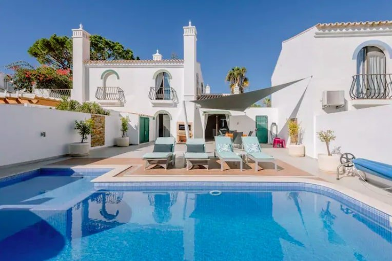 Dunas Douradas luxury villas on airbnb
