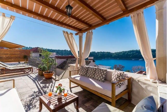 luxury airbnbs in Croatia