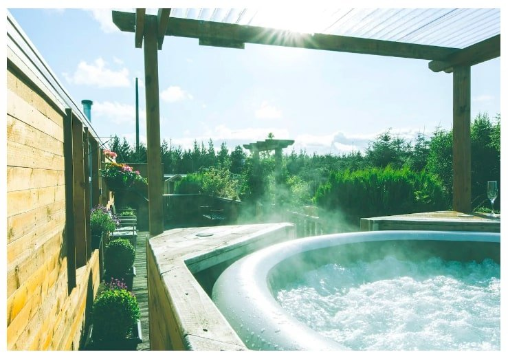 Airbnb Glamping Sites in Ireland with hot tub