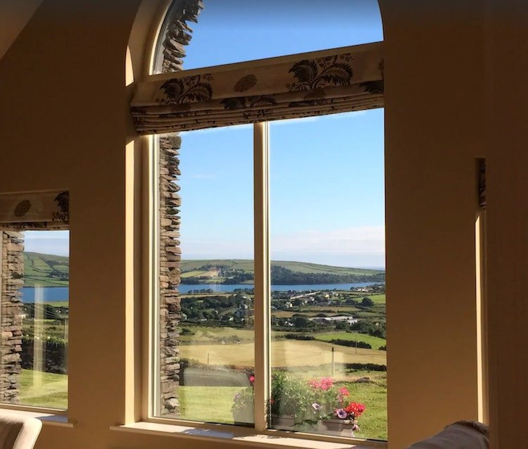 Large holiday home to rent in Dingle