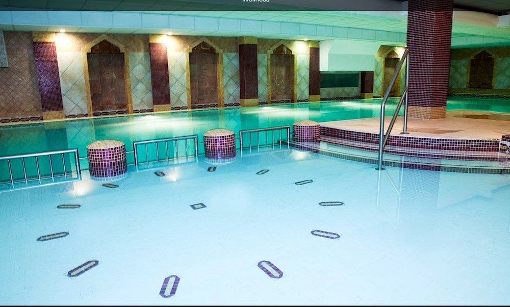dublin hotel deals with swimming pools