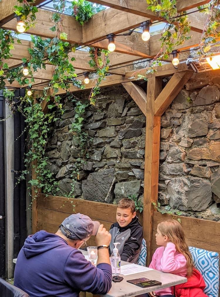 Restaurant near Lough Shinny cliff walk