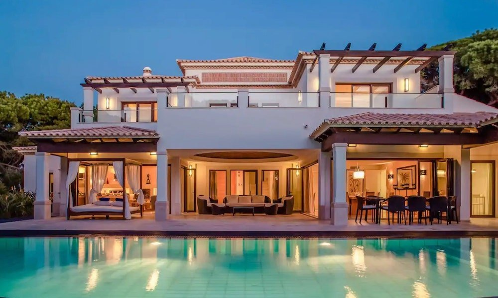 luxury villas in Pine Cliffs Resort, Portugal