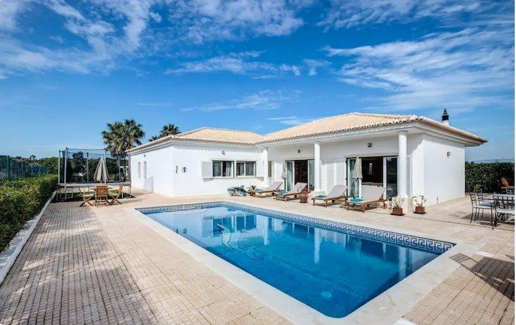 family villas on the Algarve