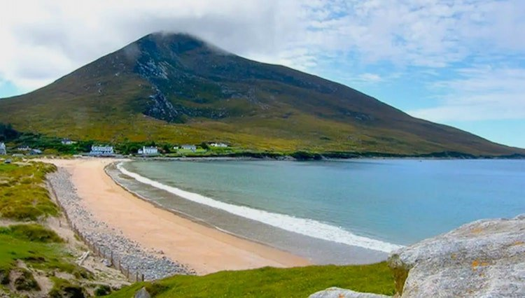 cottage by the beach on the wild atlantic way