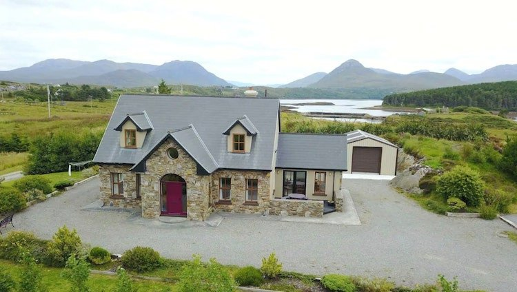 Luxury holiday homes beside the sea on the Wild Atlantic Way, Ireland