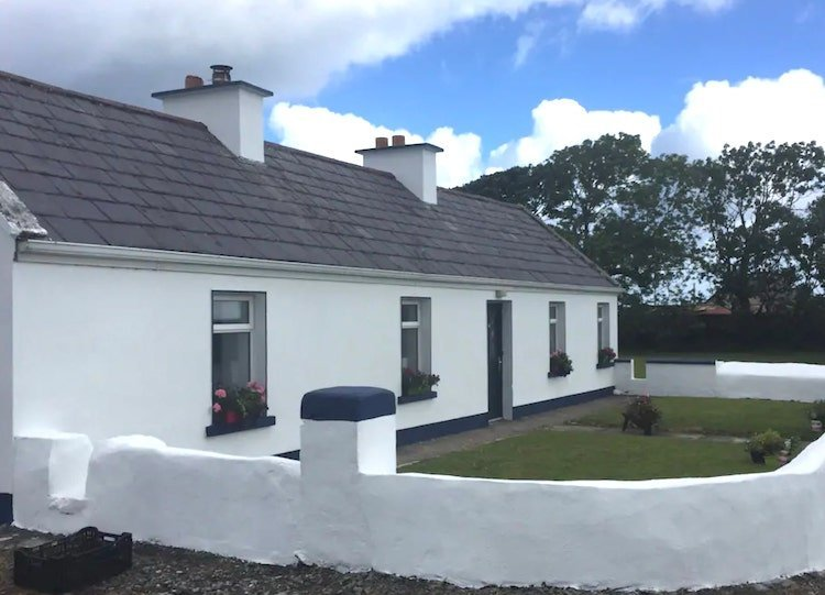 Wild Atlantic Way cottage on Airbnb