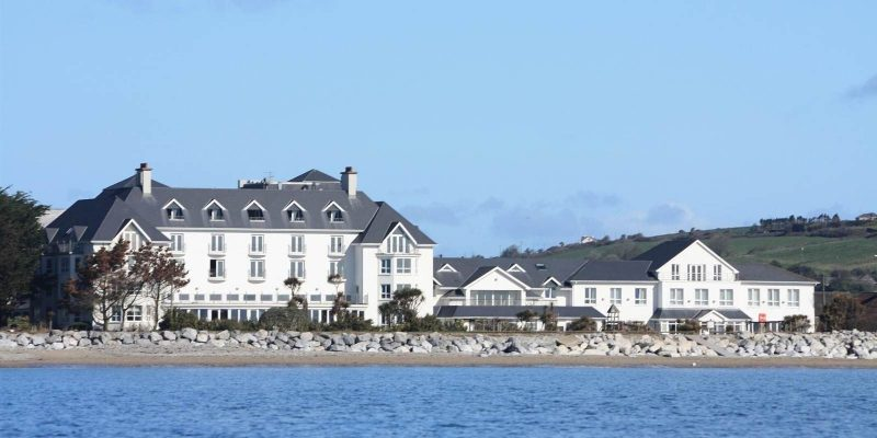 Garryvoe Hotel is one of the few hotels with large family rooms near the sea.