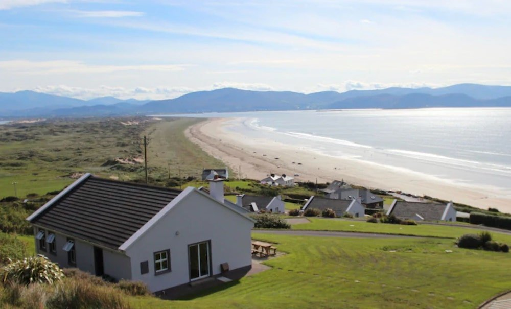 holiday homes beside the beach in Kerry