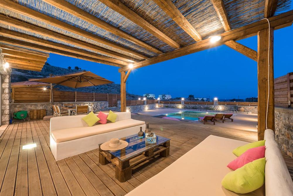 Rhodes holidays for families in private villas.