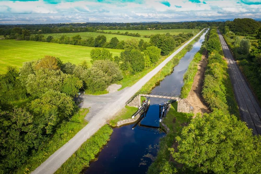 Boyne Valley breaks near the Royal Canal Greenway