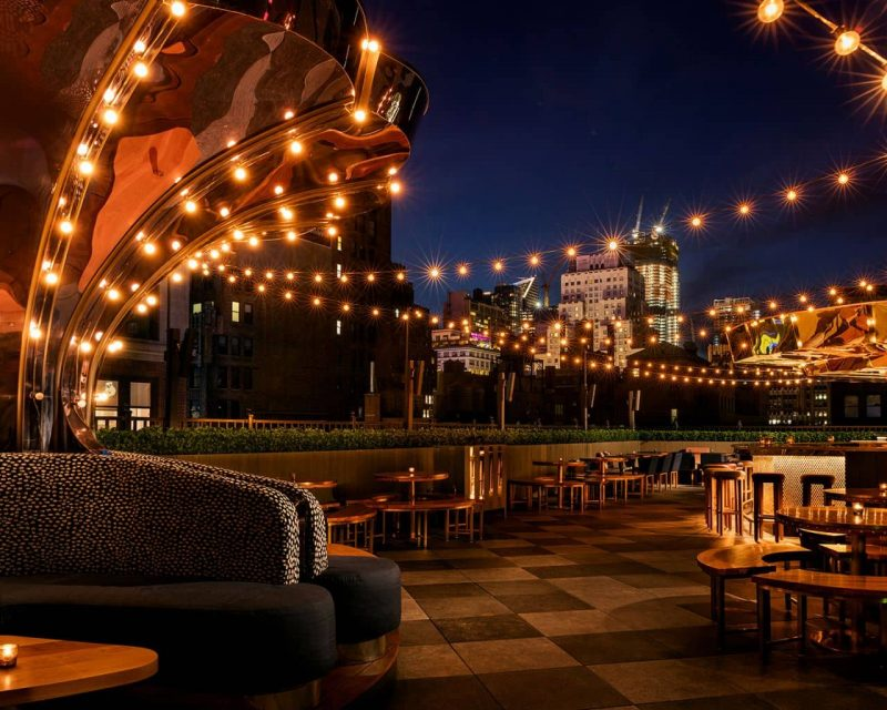 Where to stay in New York with a roof top bar.