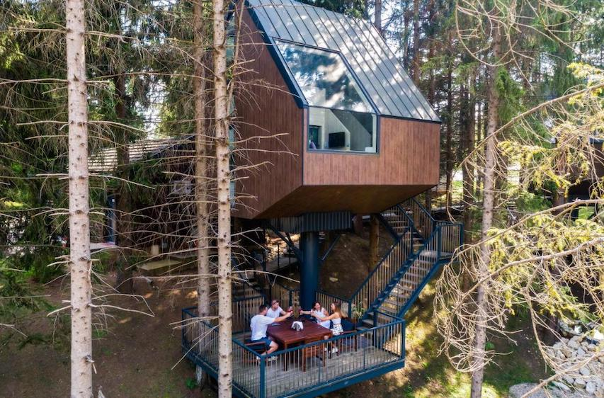 Treehouses at Plitvice Holiday Resort