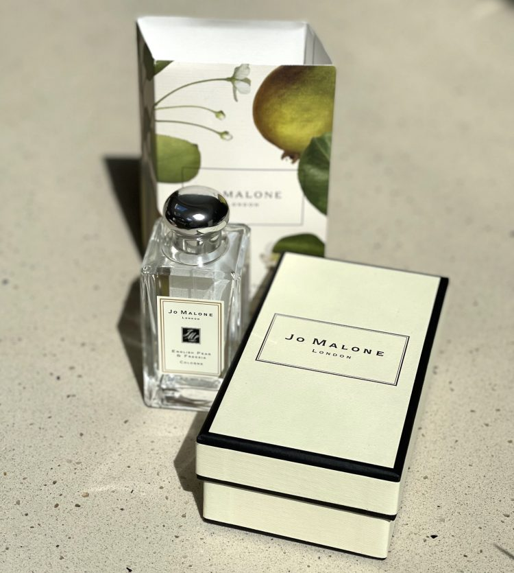 Jo Malone cologne is available for airport shopping online