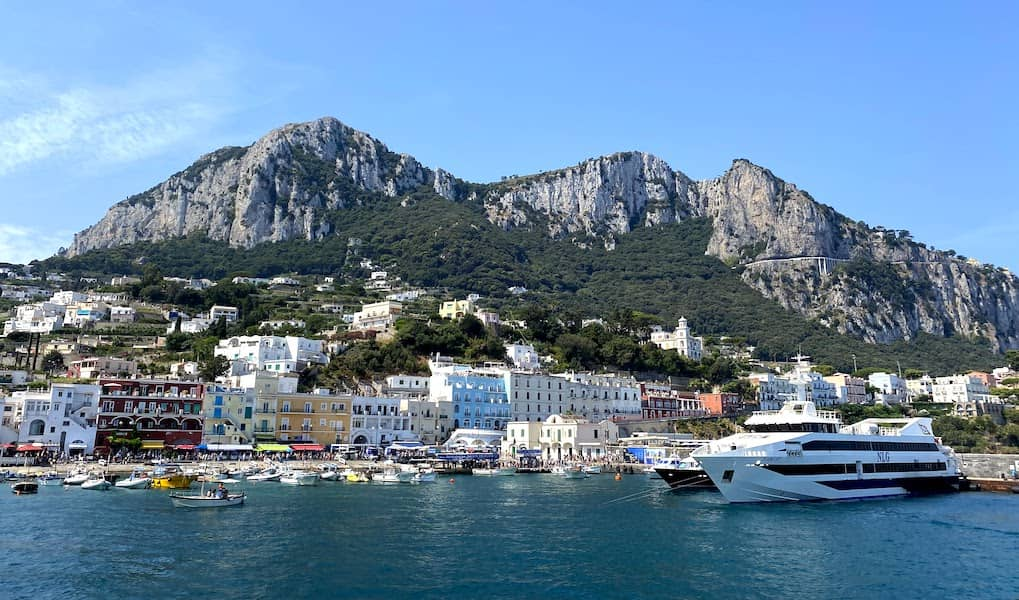 arriving into Capri by boat