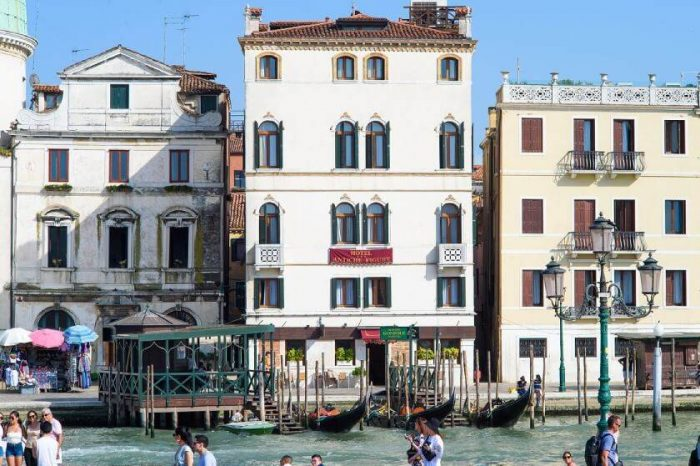 Where to stay in Venice - Antiche Figure is a centrally located 3-star Hotel