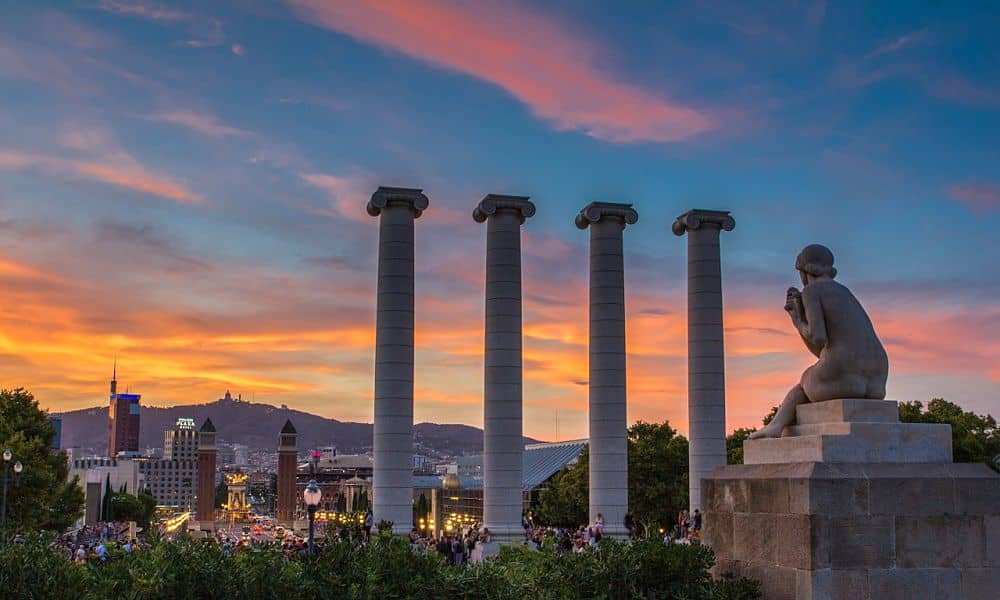 my city guide to Barcelona includes where to stay in Barcelona